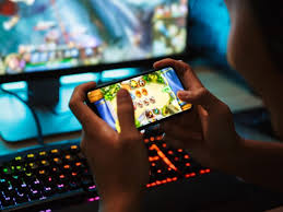 The Advantages and Disadvantages of Online Gaming Channels for Teens